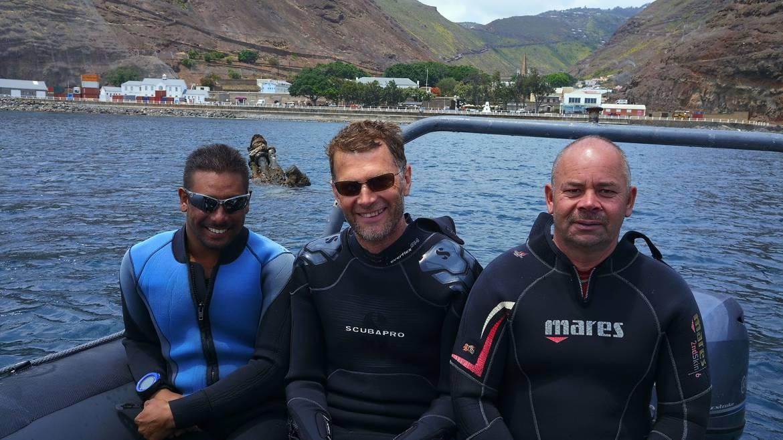 Dive-masters-Saint-Helena.jpg