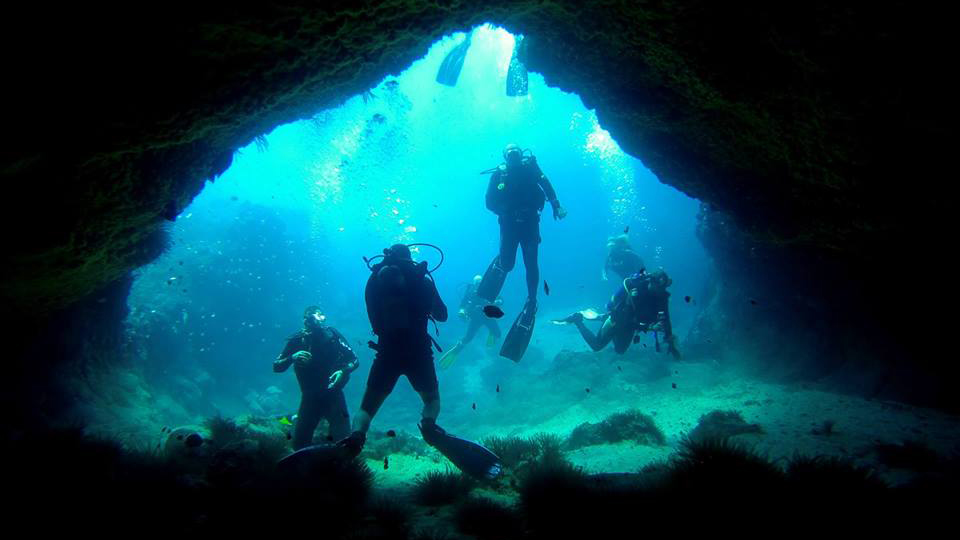 cave-at-Bennetts-Point.jpg
